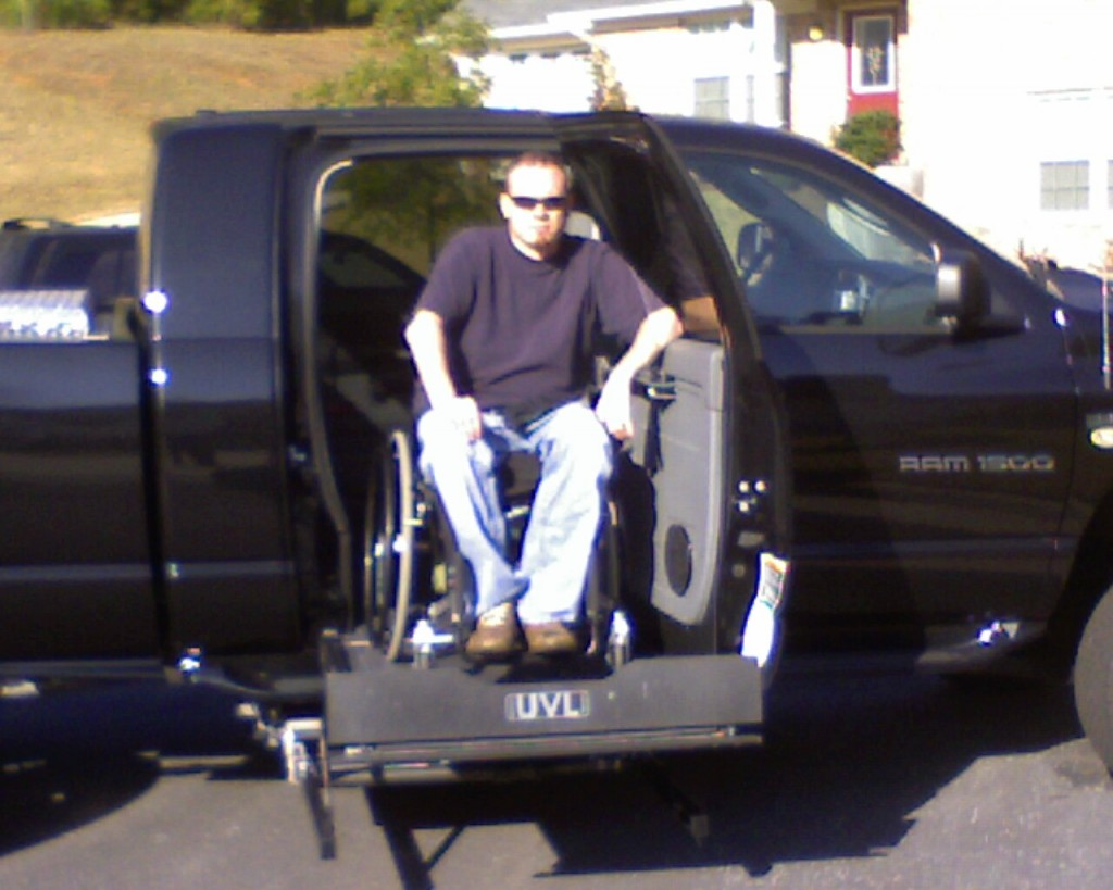wheelchair_accessible_truck_2